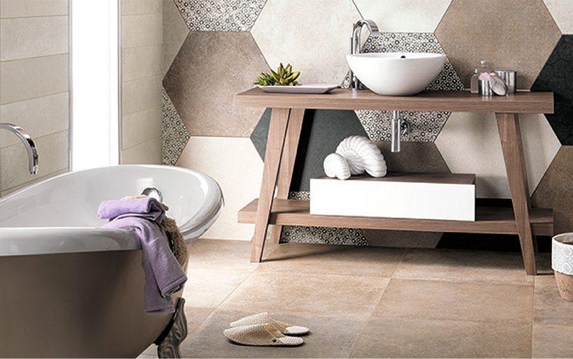 Leven in de badkamer: tegels met een motief