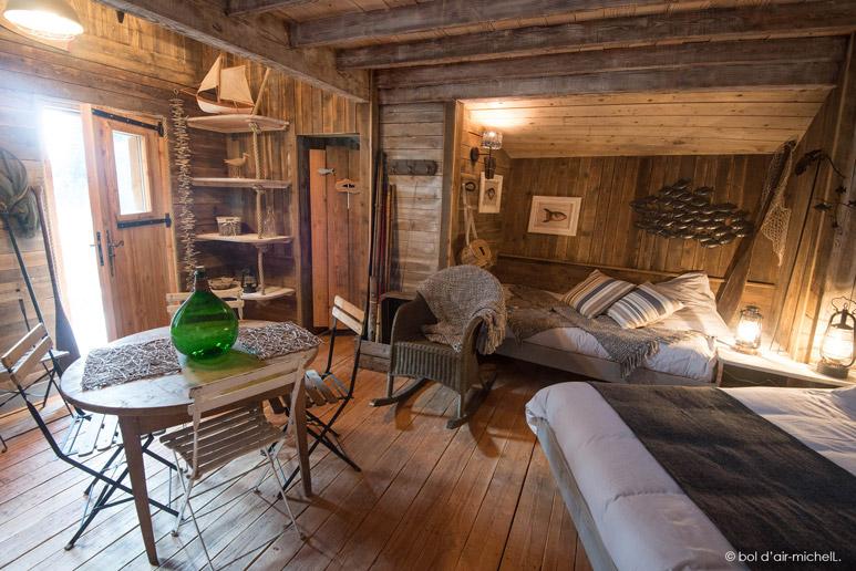 Logeren in een boomhut actief wonen - Fotos van de slaapkamers ...