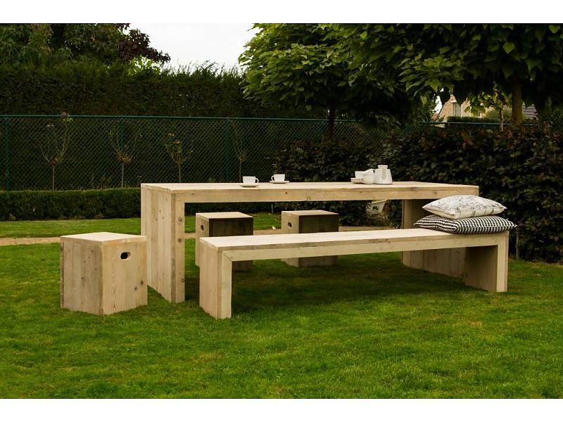 lund-outdoor-tuintafel-steigerhout-dichte-zijkante