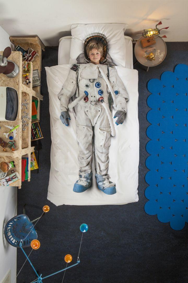 1920x1080_astronaut_SN_184_RGB