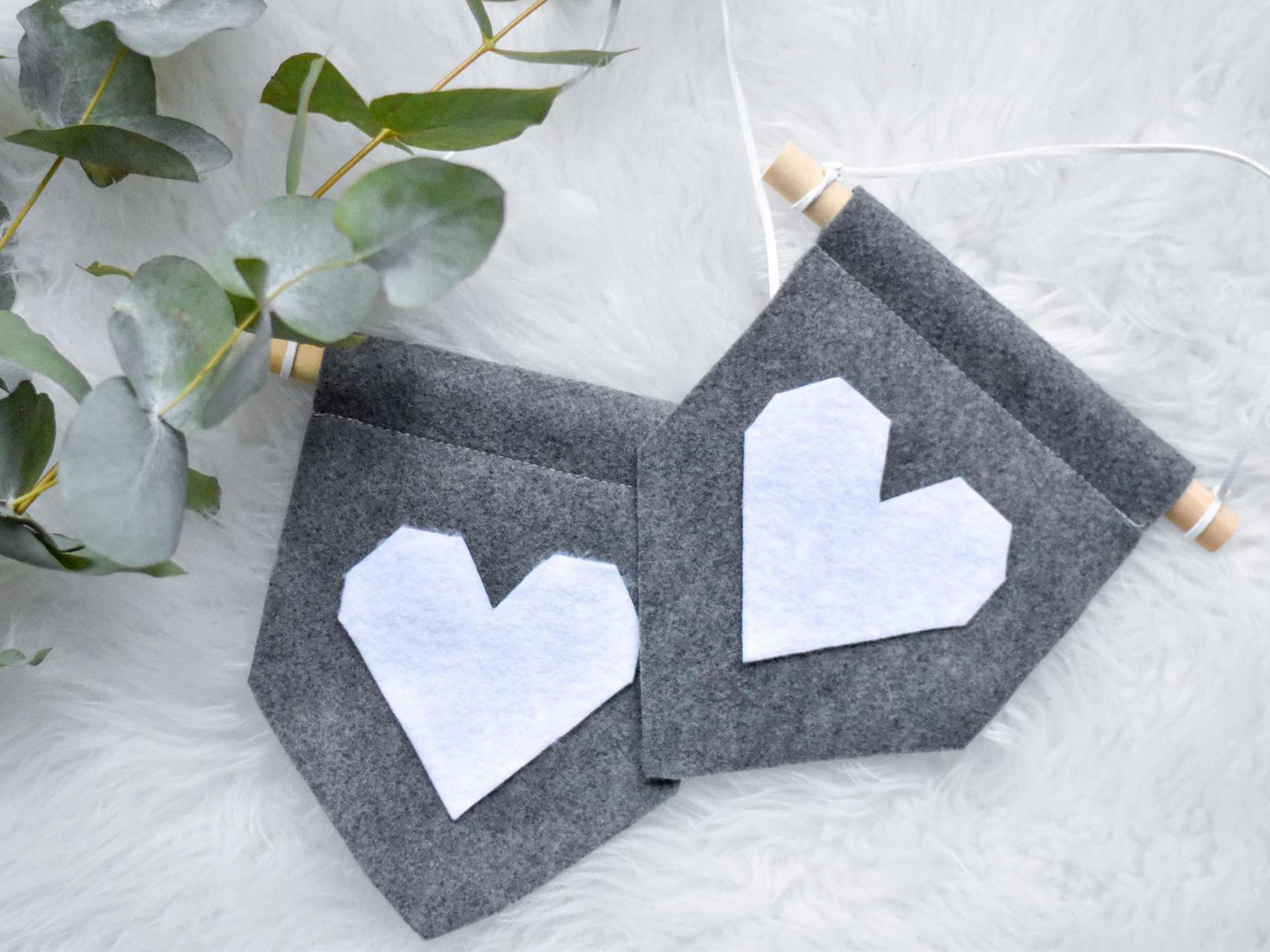 DIY voor Valentijn: hartverwarmende mini-banners