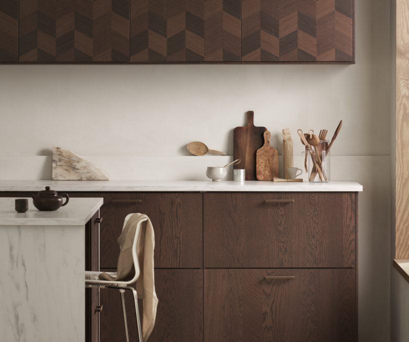 Trend: een donker en tijdloos design voor de keuken