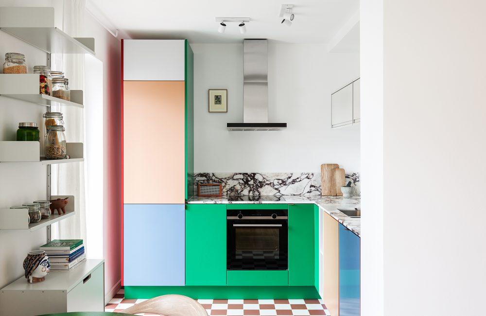 Binnenkijker: een kleurrijke keuken in hartje Berlijn
