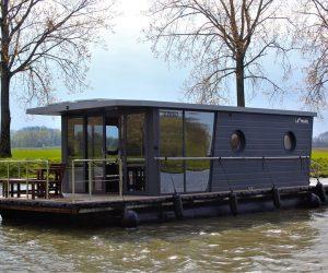 Maak kans op een magische overnachting op het water met Houseboat